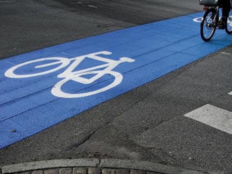 Farba do malowania asfaltu i betonu Tarmacoat Rust Oleum na beton asfalt