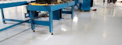 Farba na podłogi 7100 Rust Oleum malowanie beton posadzki