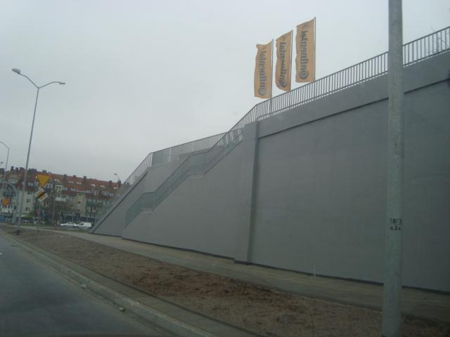 Jak uszczelnić ścianę, farba do elewacji murfill, wodoszczelna, farby, elastyczna ścian, murów, elewacyjna, na elewacje, ściany, mury, ochrona murów, wodoszczelna